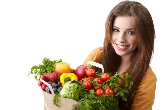 healthy woman using supergreens powders
